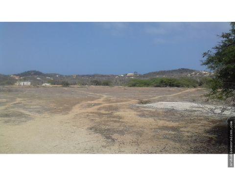 se vende terreno de 22930 m2 santa cruz aruba