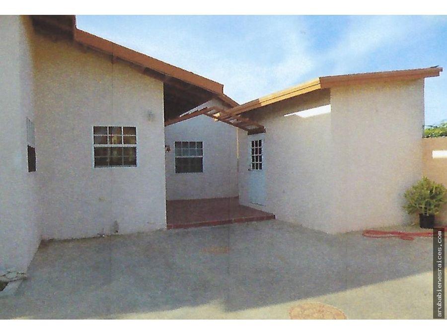 se vende hermosa casa en palm beach aruba