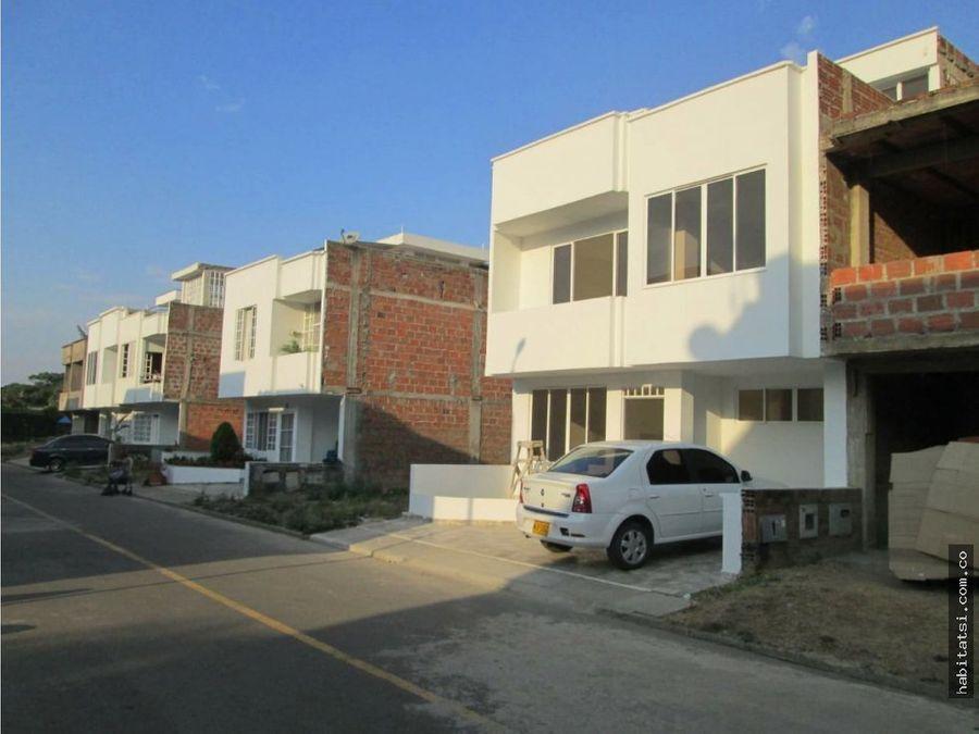 casa en jamundi dos niveles y terraza