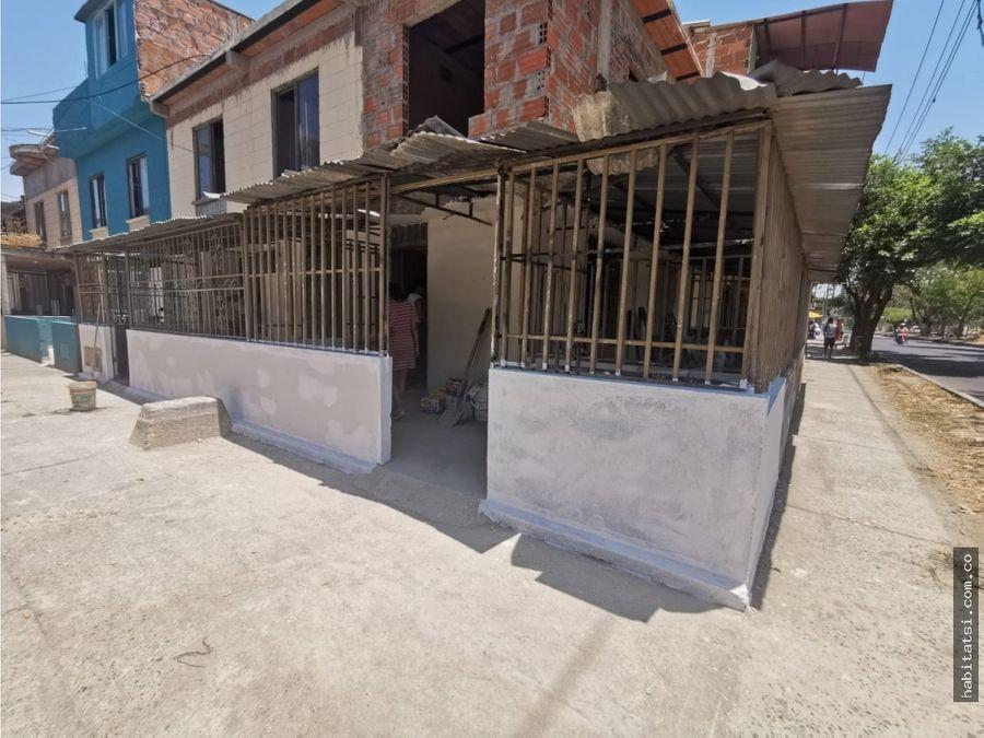 casa esquinera en remansos de comfandi sobre via principal