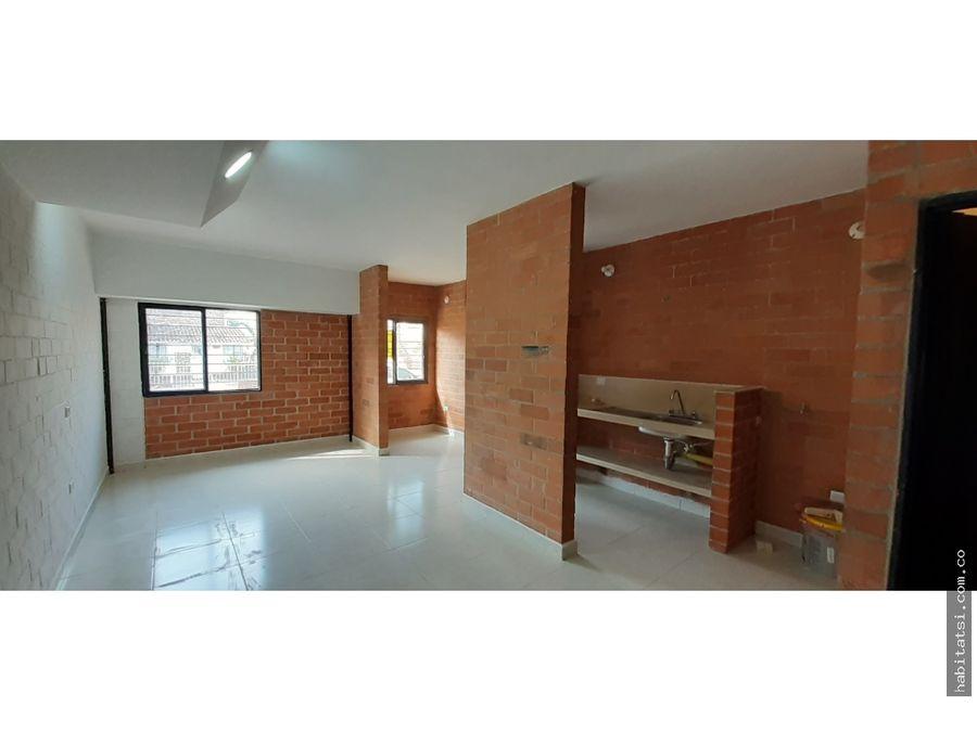 apartaestudio en primer piso napoles