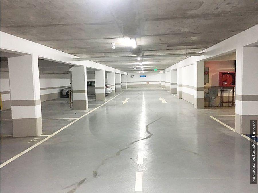 oficina 1 privado 1 bano con estacionamiento