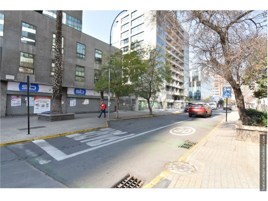 300 mil oficina recepcion privado estacionamiento