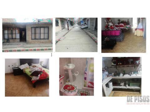 se vende casa barrio manuela beltran