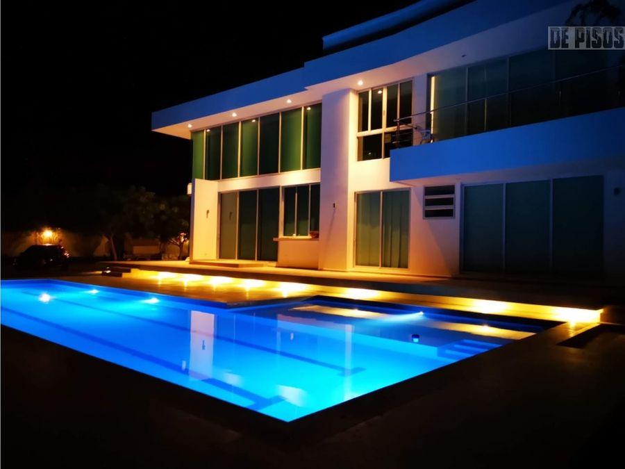hermosa casa en cartagena