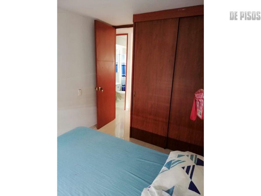 apartamento barrio salomia tercer piso con ascensor