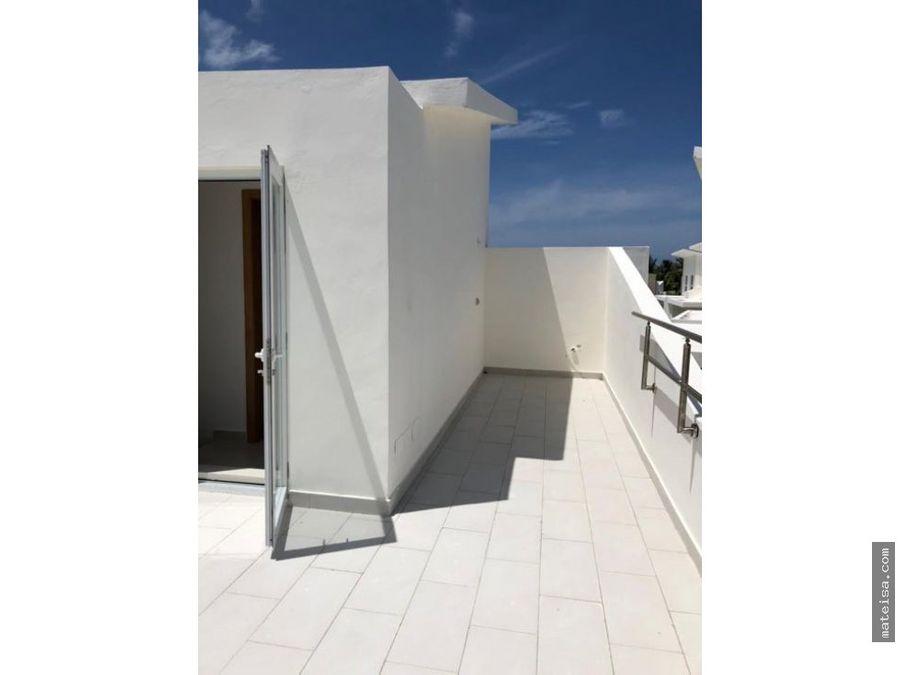 mia hermosa balconies