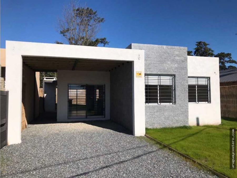 moderna casa a estrenar en zona con todos los servicios