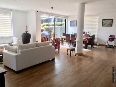 650 moderna casa a las afueras de bogota de 495 m2