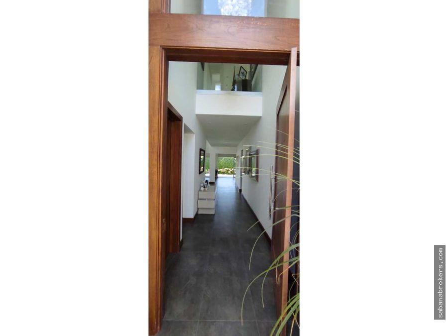 moderna casa de 4 habitaciones en santa ana