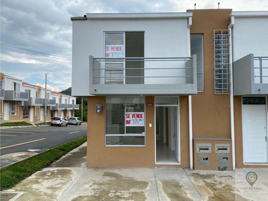 venta casa esquinera sobre avenida montebonito dosquebradas