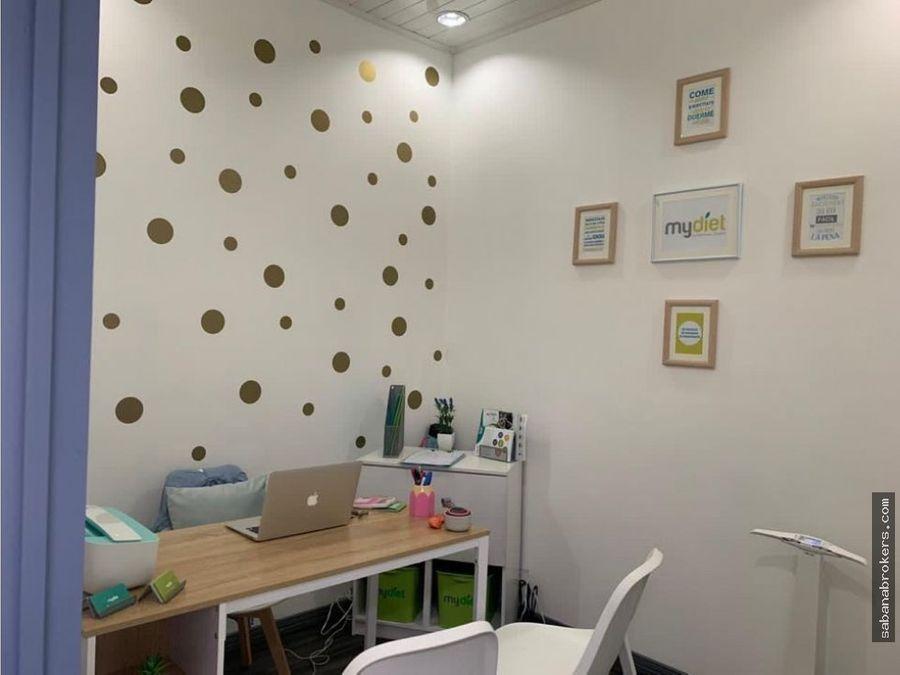 oficina con todos los servicios en centro medico en escazu