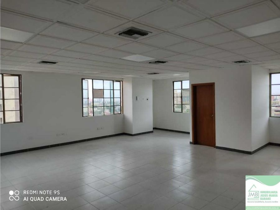 oficina en arriendo prado office center barranquilla 703
