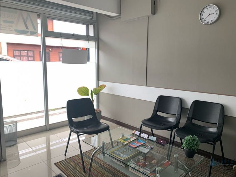 oficina en moravia centro