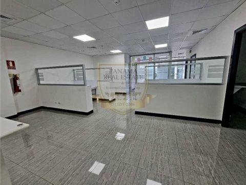 oficina sortis business center 114m2 amoblada 1450
