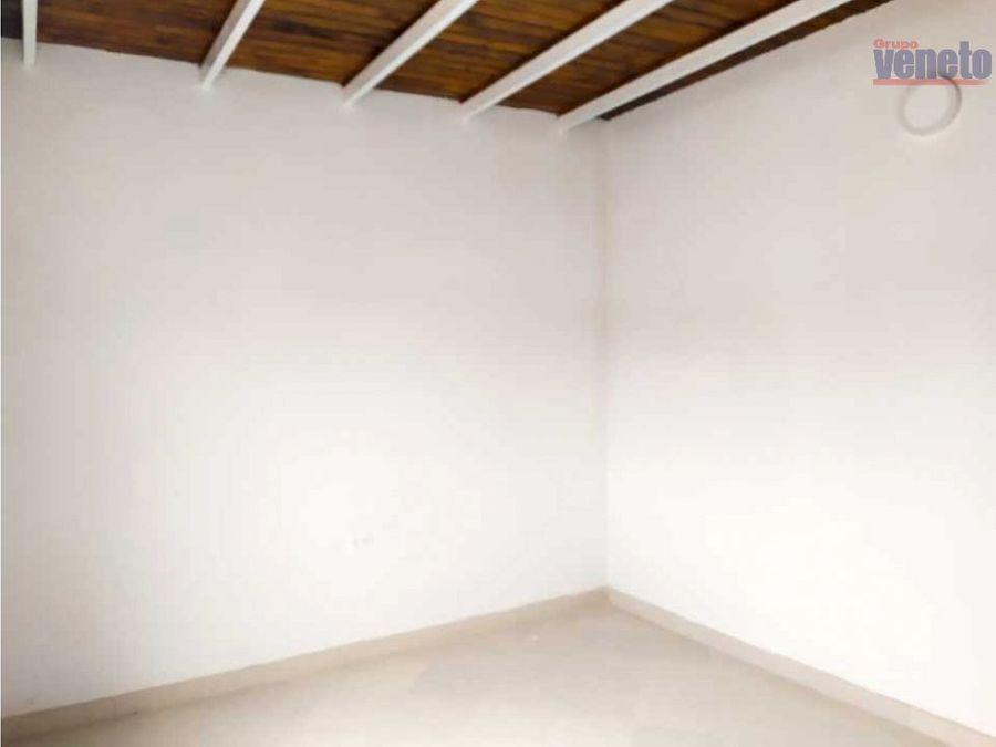 oficinas en alquiler nuevas urb del este bqto