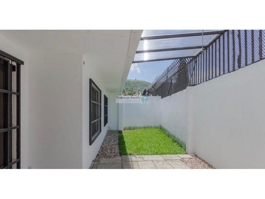 oportunidad venta de casa de 1 piso en condominio escazu jaboncillos