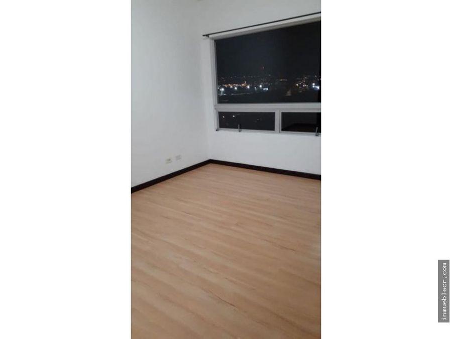 acogedor apartamento con hermosa vista