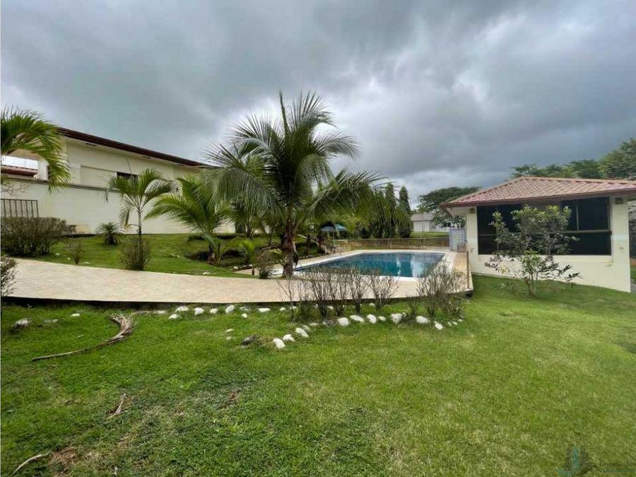 alquilo casa 5hab con piscina san carlitos