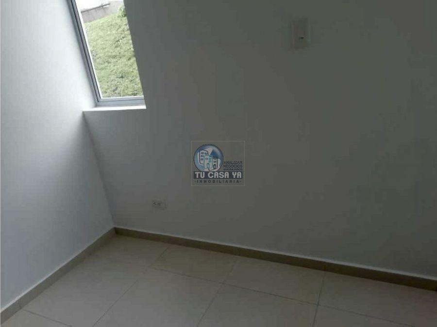 alquilo casa en puertas de alcala