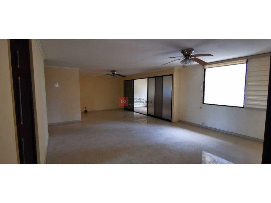 alquilo amplisimo apartamento sin muebles obarrio