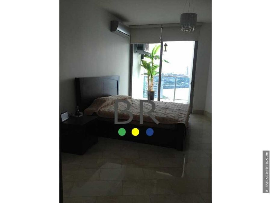 alquilo apt 130mtrs amoblado grand tower