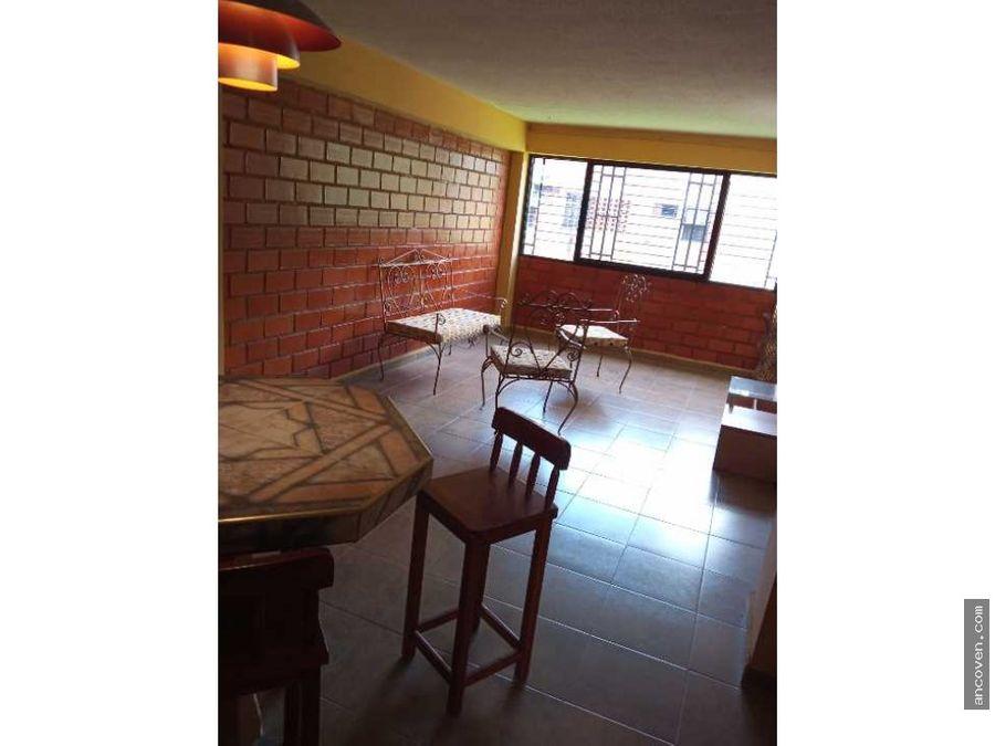 alquilo apartamento en san diego frente a la ujap ancoven premium