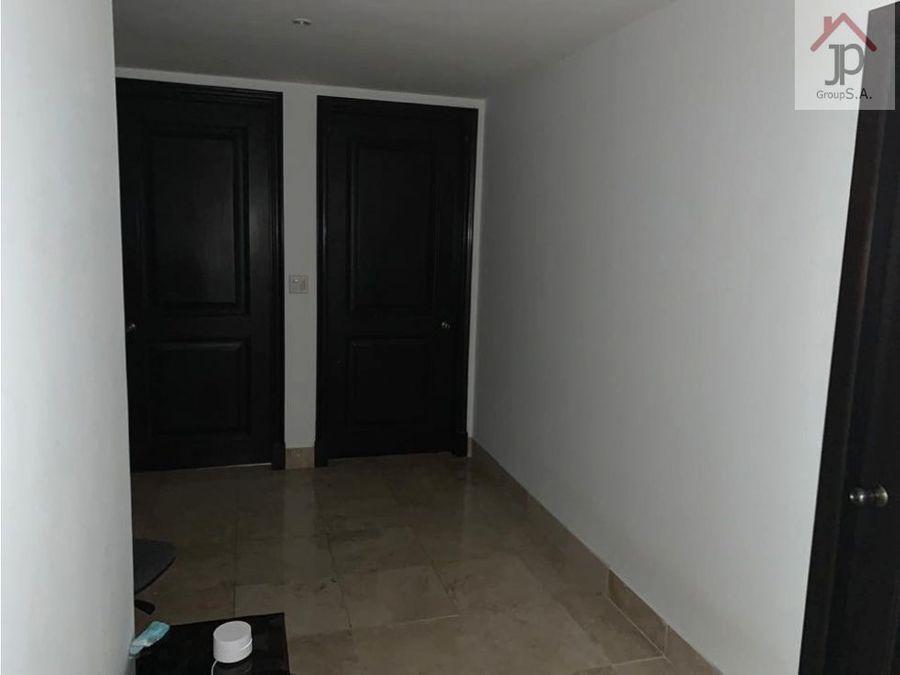 alquilo apartamento en punta pacifica