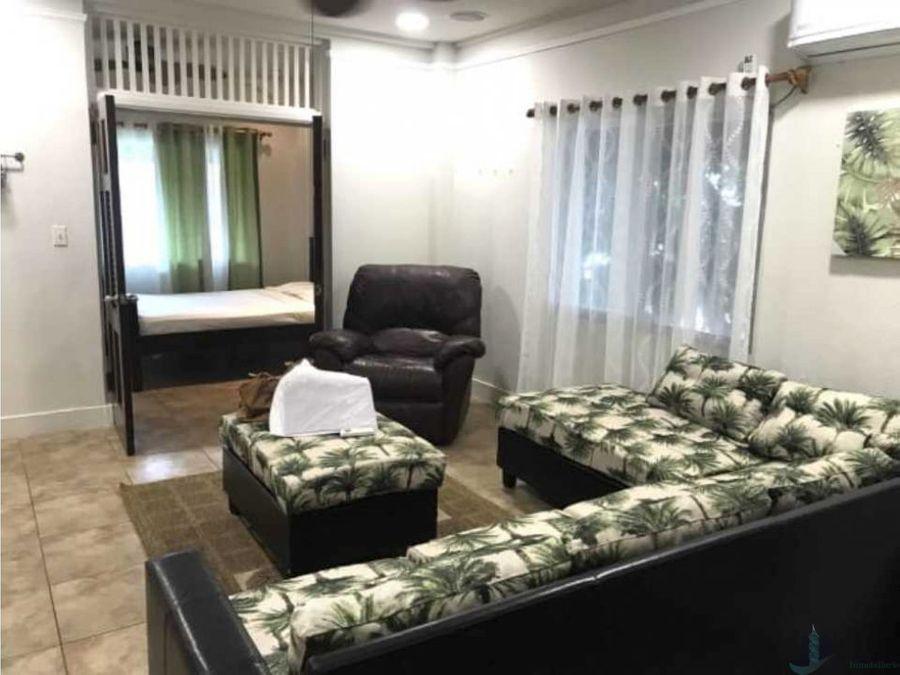 alquilo apartamento tipo estudio amoblado en albrook