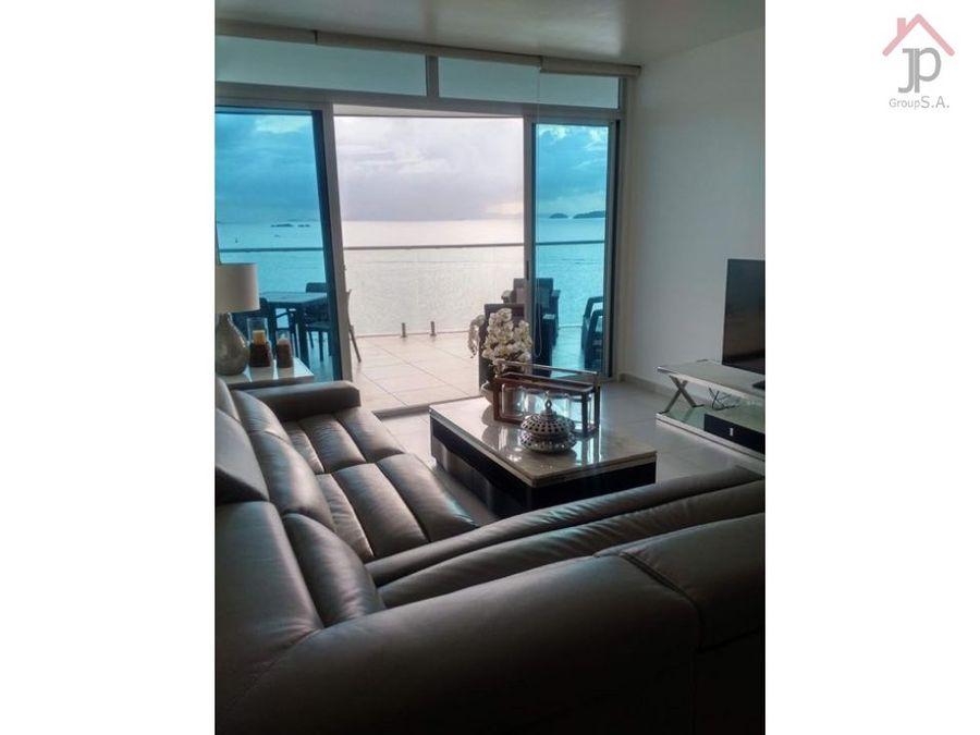 alquilo apartamento vista al mar en edificio naos