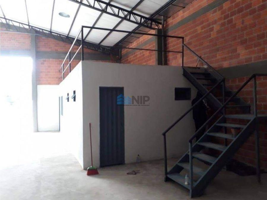 alquilo deposito de 1200 m2 en luque