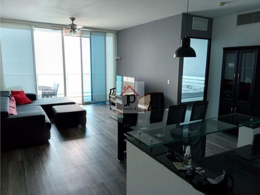 alquilo apartamento en avenida balboa