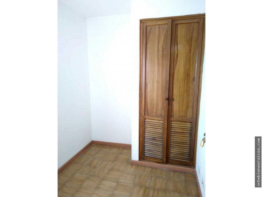 alquilo hermoso apartamento centro de pereira