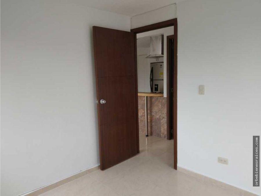 alquilo hermoso apartamento en av sur pereira