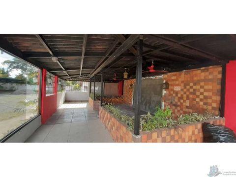 alquilo local para terraza