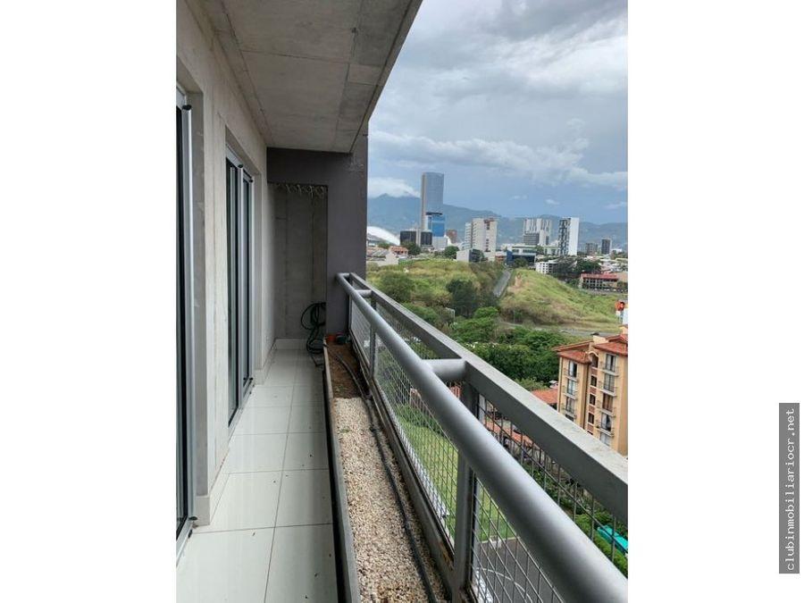 alquilo precioso apartamento en azenza tower uruca