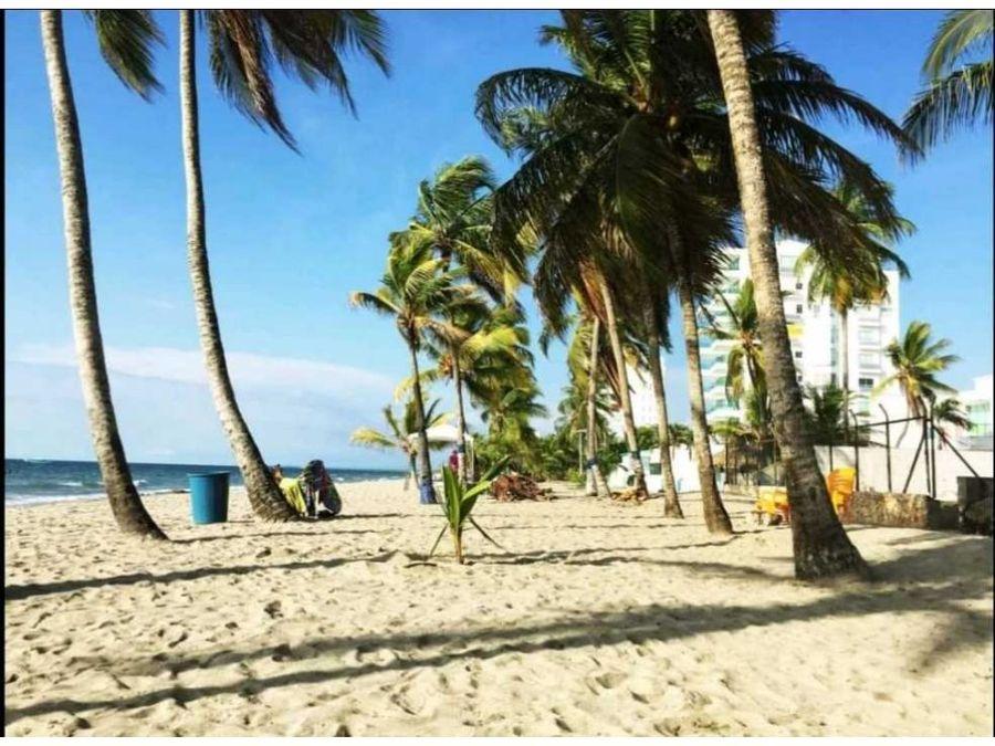 alquilo x dias apartamentos cerca a las playas de covenas muy comodos