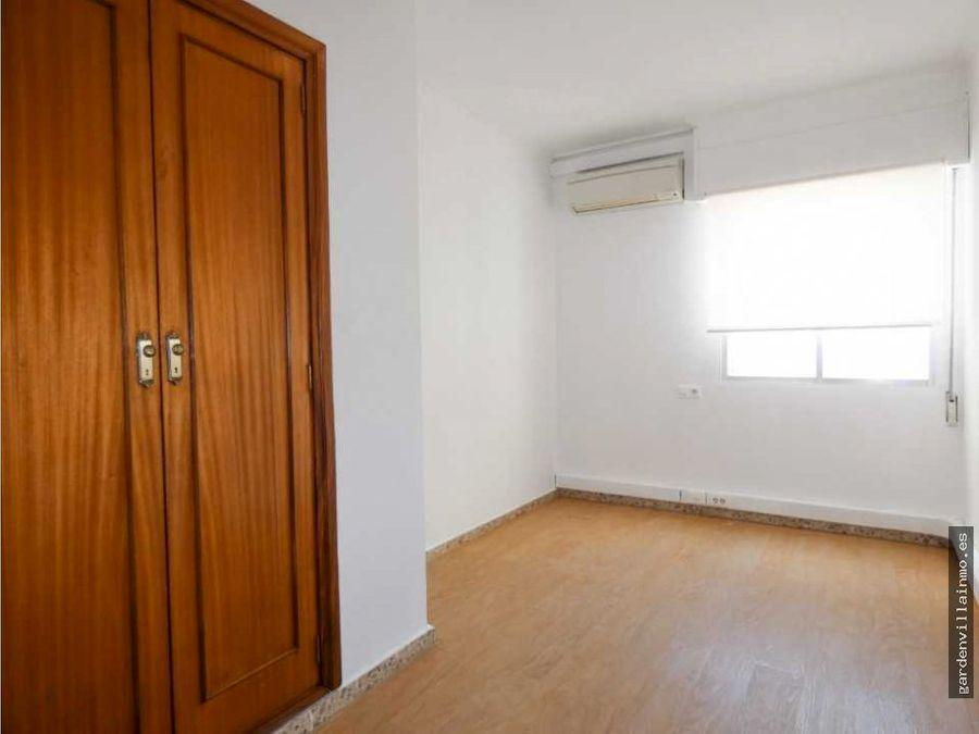 alquiler anual en pleno centro de denia 160 m2