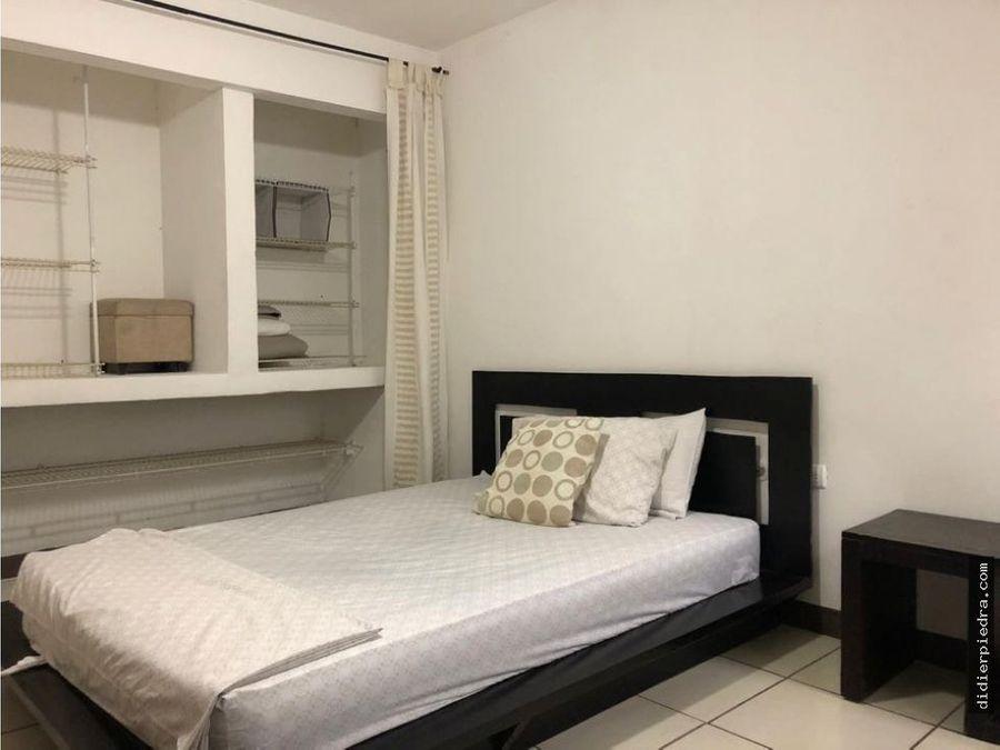 alquiler apartamento amueblado 550