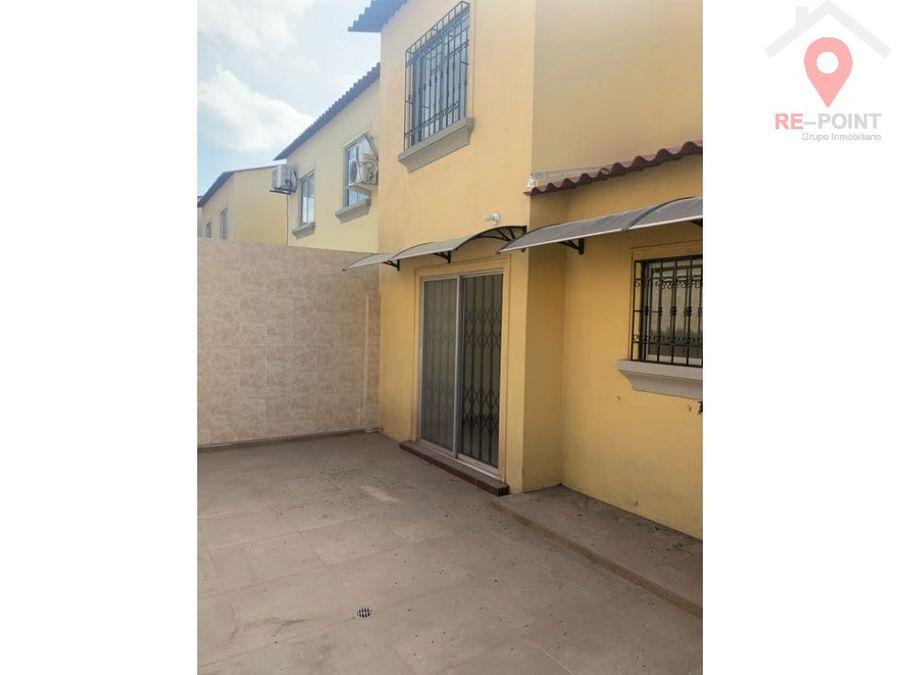 alquiler casa 2 plantas en urbanizacion la rioja