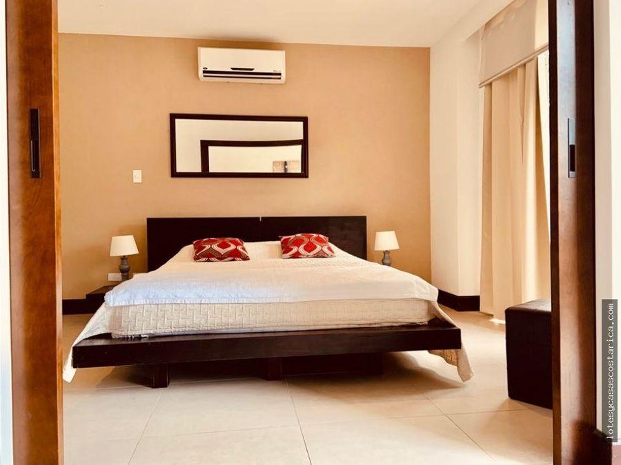 alquiler de apartamento en condominio santa ana