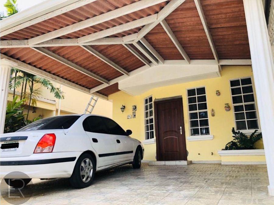 alquiler de casa condado del rey rma 090120