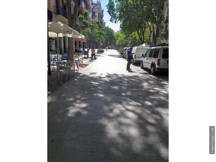 alquiler de local comercial en calle principal del eixample