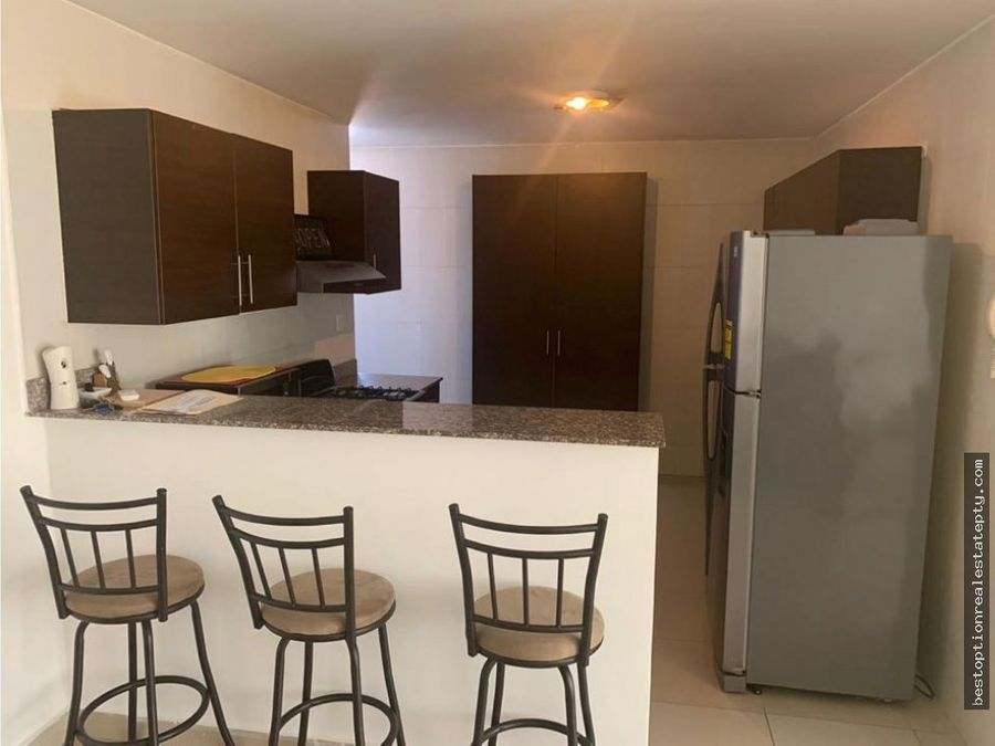 alquilo apartamento en ancon albrook dcr