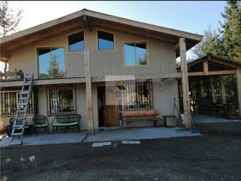 amplia y bonita casa en venta sector quetroleufu vebta derechos