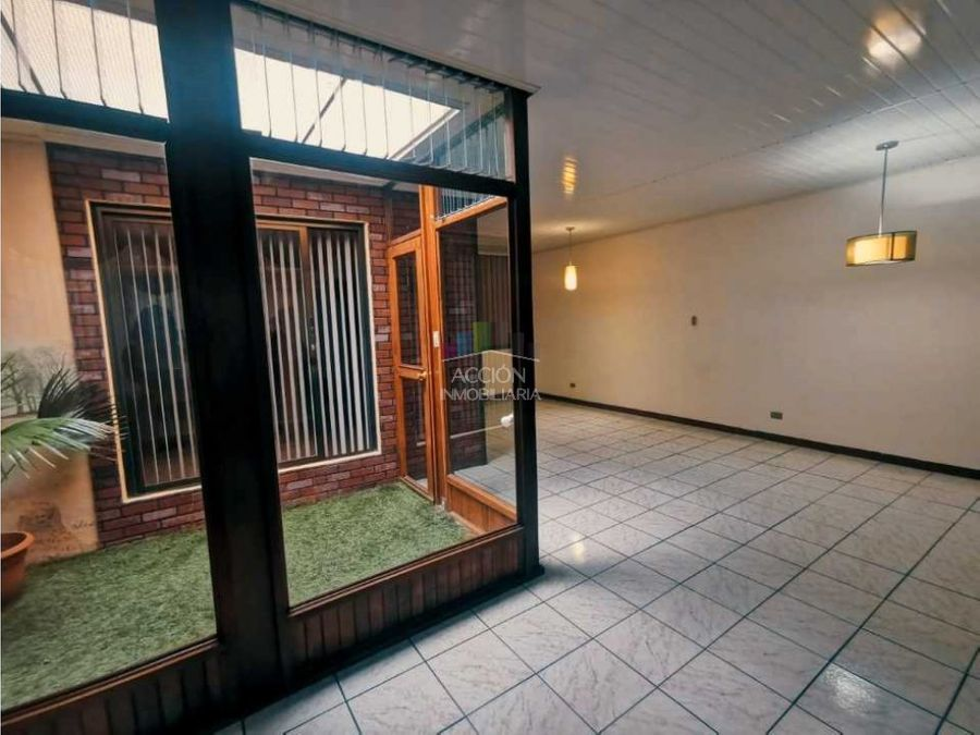 amplia casa en monte limar con jardines internos