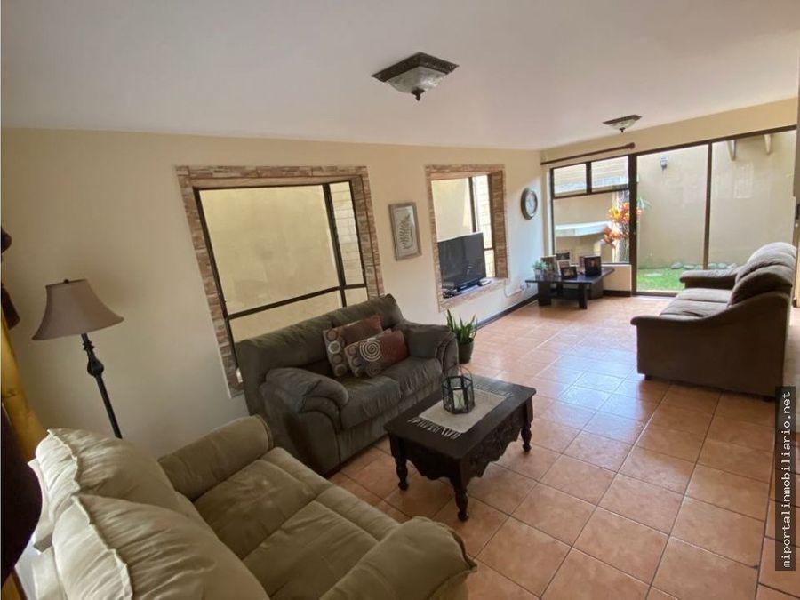 amplia casa en condominio exclusivo