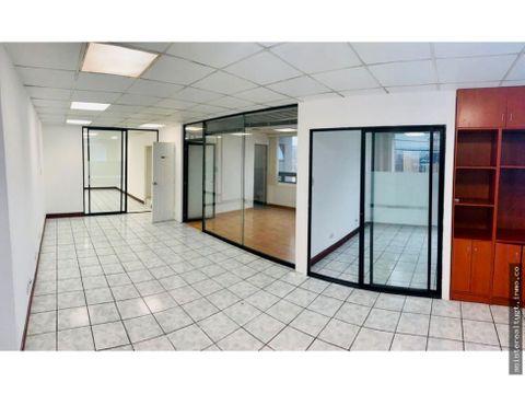 oficina 77mts en renta edificio topacio azul zona 10
