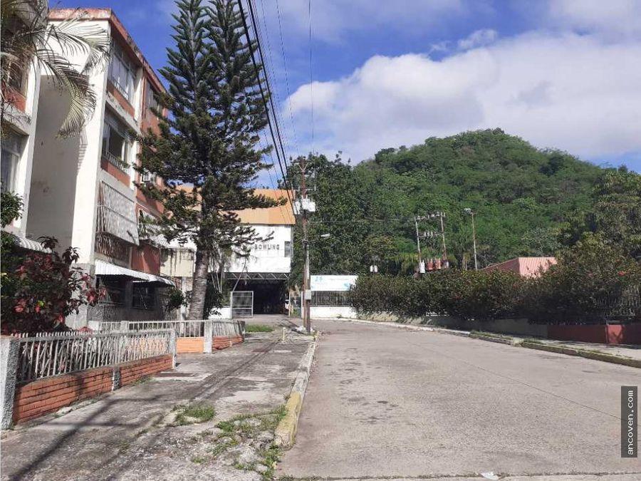 ancoven master vende apartamento en urbanizacion la alegria