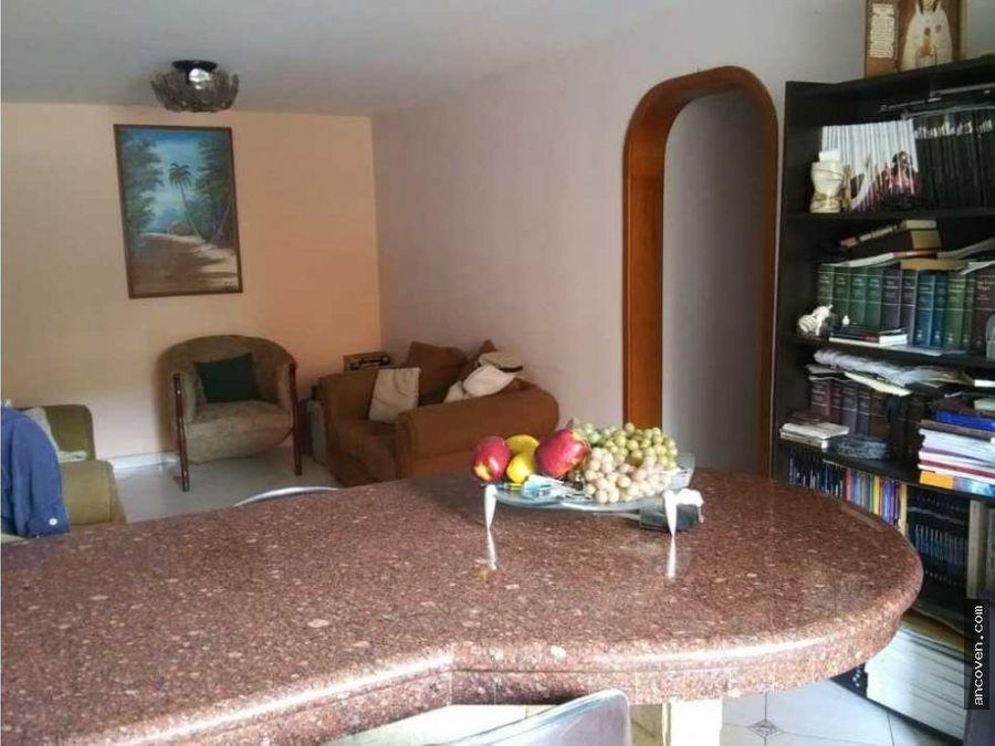 apartamento en manongo urb palma real vende ancoven master